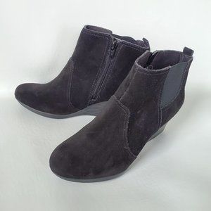 CLARKS Black Suede Leather Ankle Booties wedge 7